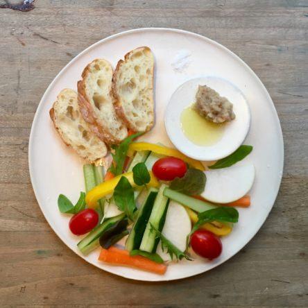オリーブオイルと味噌のディップ