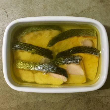 甘塩鮭のオイル漬け
