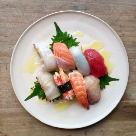 寿司、焼肉にオリーブオイル
