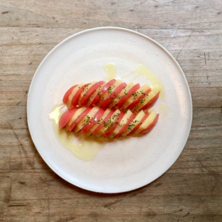 トマトとキウイのサラダ