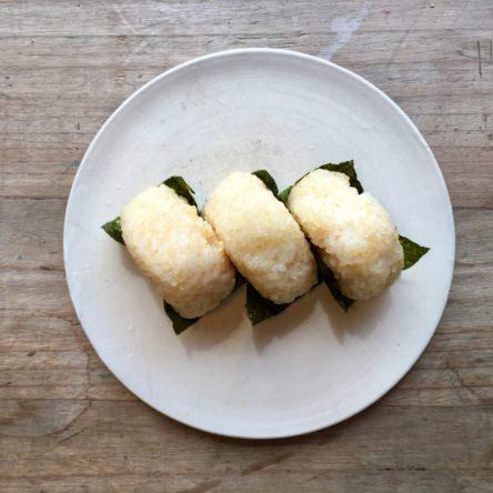 明太子チーズのオイル焼きおにぎり
