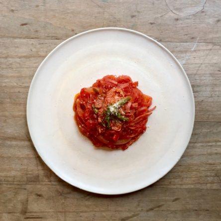 きびなごのトマト煮込み