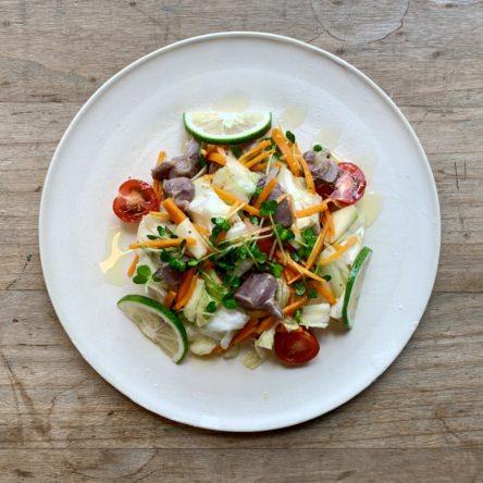 砂肝とカボスの野菜たっぷりサラダ