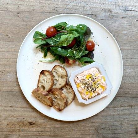 クリームチーズと鮭と豆腐のペースト